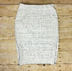 Aritzia Wilfred Compagne Skirt